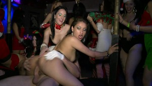 In The VIP: Vicki Chase & JMac pussy fucking