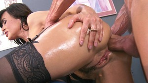 BigWetButts.com: Caucasian Lisa Ann is really big booty doctor