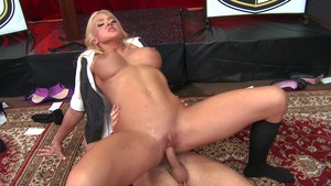 ShesGonnaSquirt - Squirts with Leya Falcon and Seth Gamble