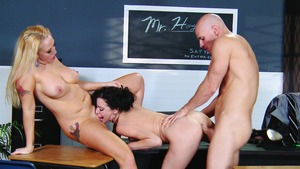 MILFs Like It Big: Curvy Veronica Avluv wishes for creampied