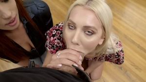 StepSiblingsCaught: Shaved Scarlett Mae agrees to good fucking